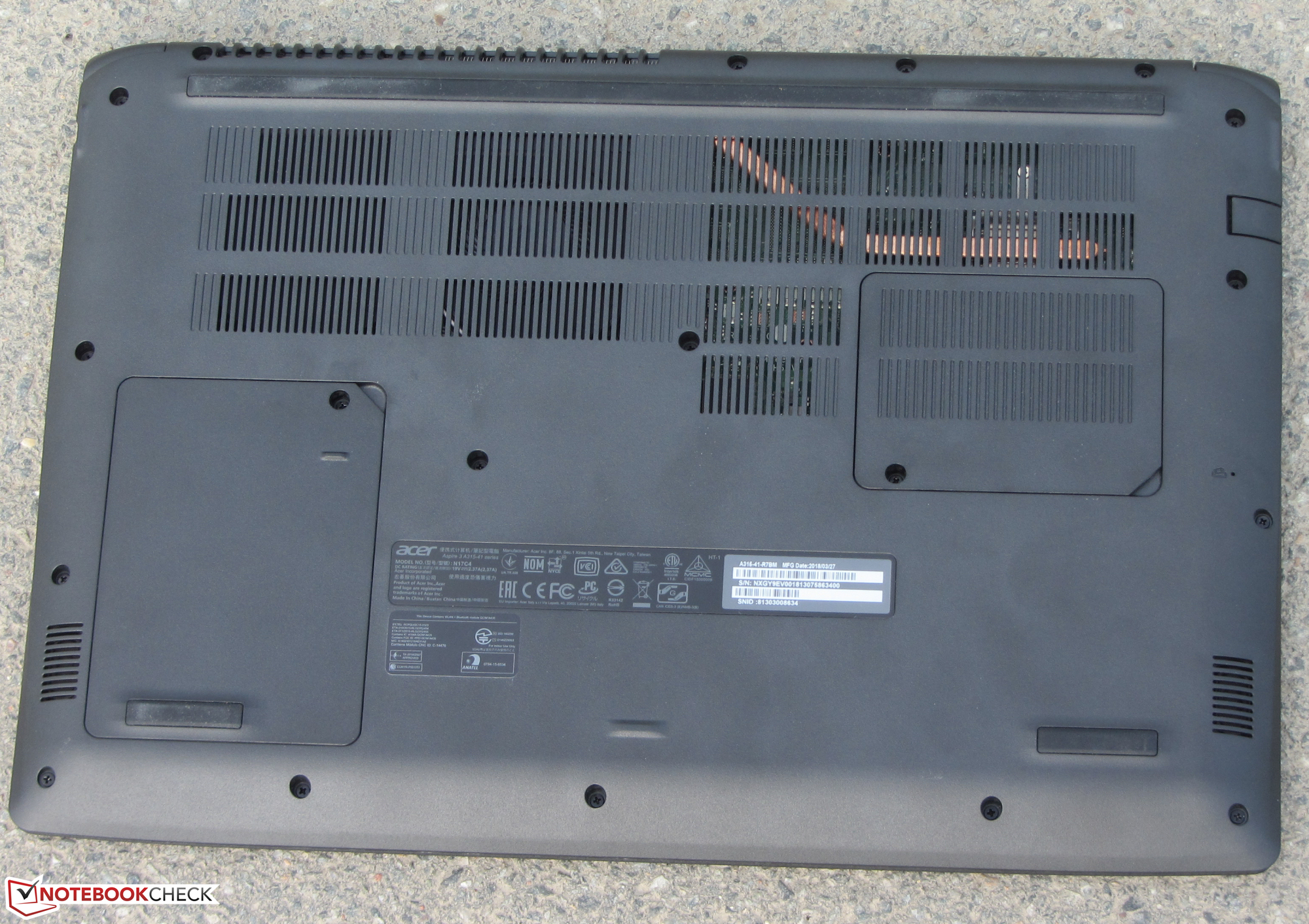 Acer Aspire 3 A315-41 (Ryzen 3 2200U, Vega 3, SSD, FHD) Laptop