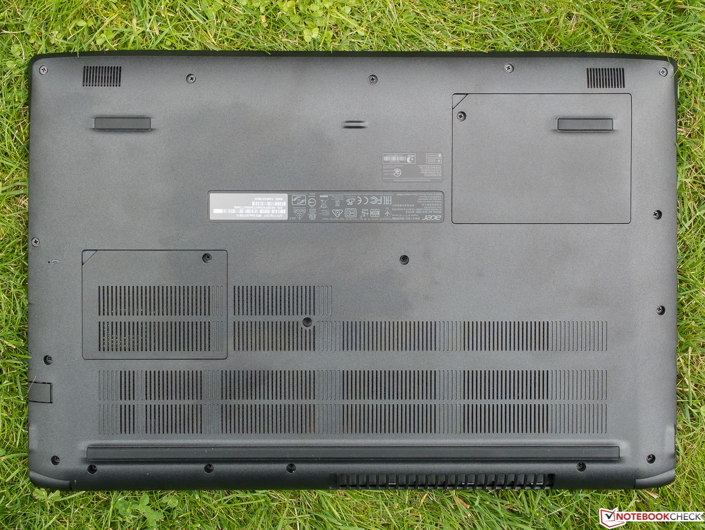 Acer Aspire 7 (Core i7, GTX 1060) Laptop Review