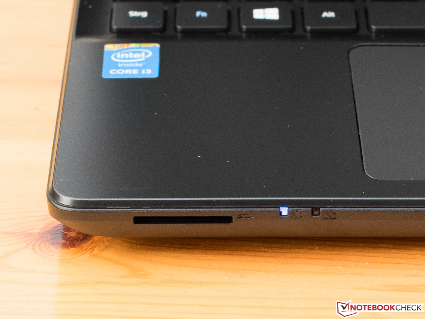 Acer Travelmate P256 M 39ng Notebook Review