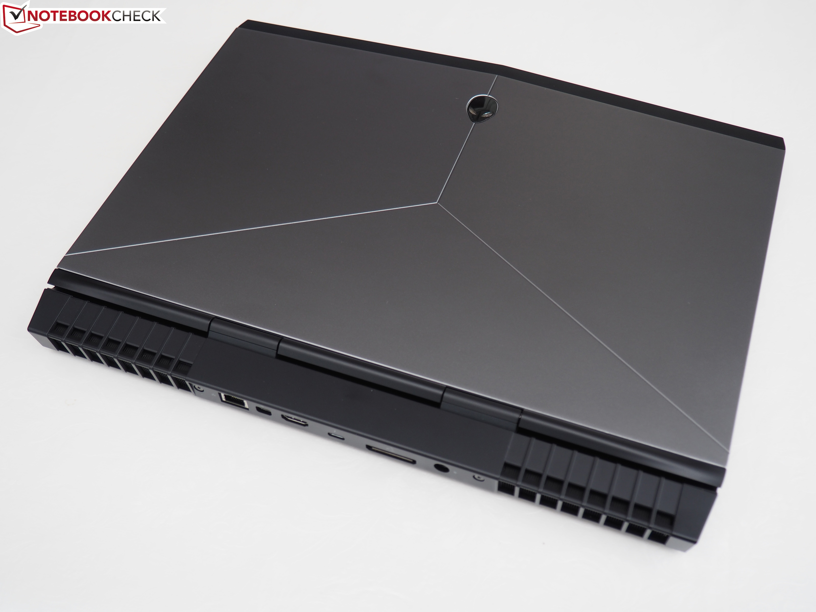 Alienware 15 R3 Notebook Review - NotebookCheck net Reviews