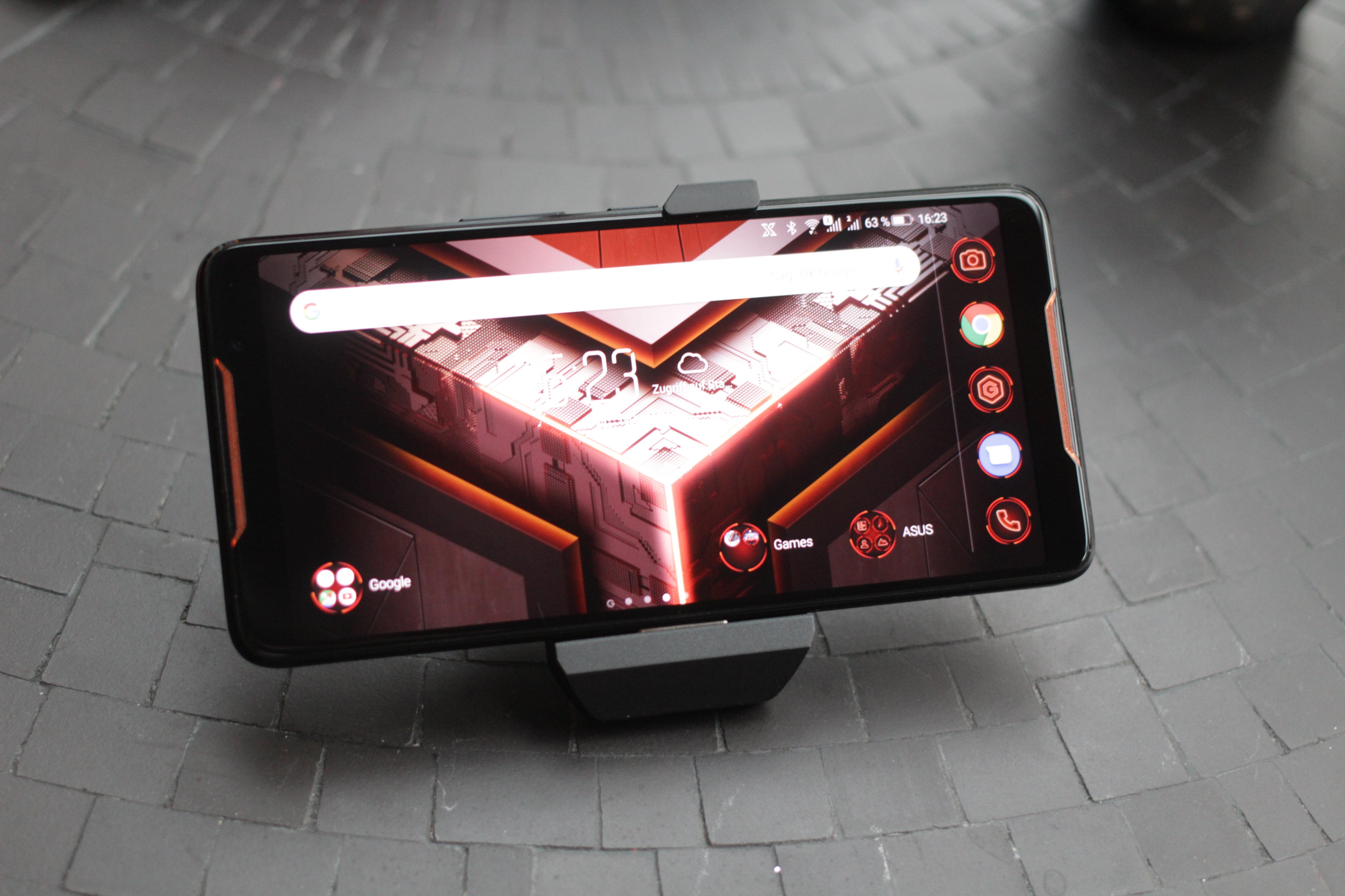 ASUS ROG Phone Smartphone Review - NotebookCheck net Reviews