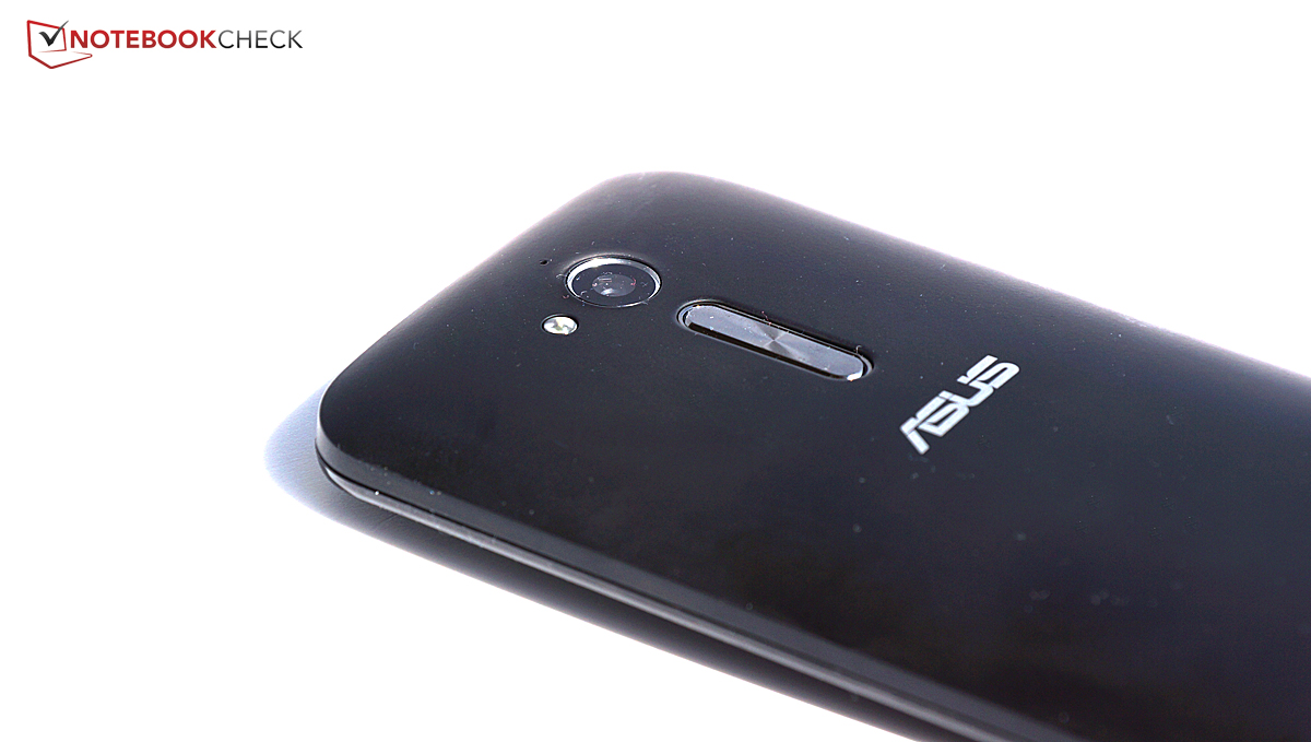 Asus ZB500KL: features and reviews