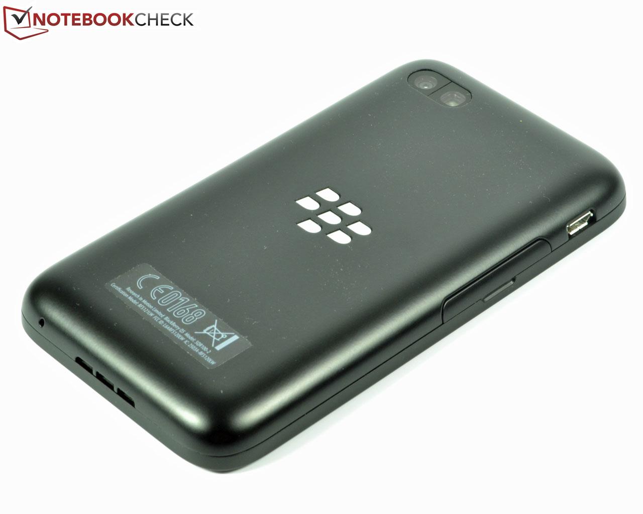 Review BlackBerry Q5 Smartphone