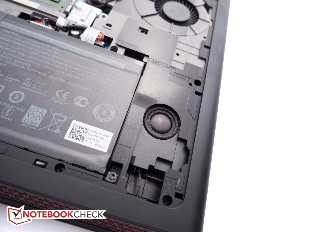 Dell Inspiron 15 7000 7567 Gaming (i5-7300HQ, GTX 1050) Laptop