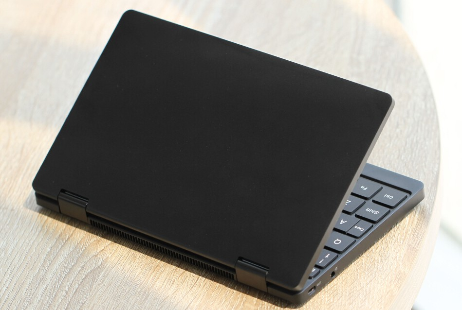 One Mix 3: One-netbook announces their latest Chuwi and GPD