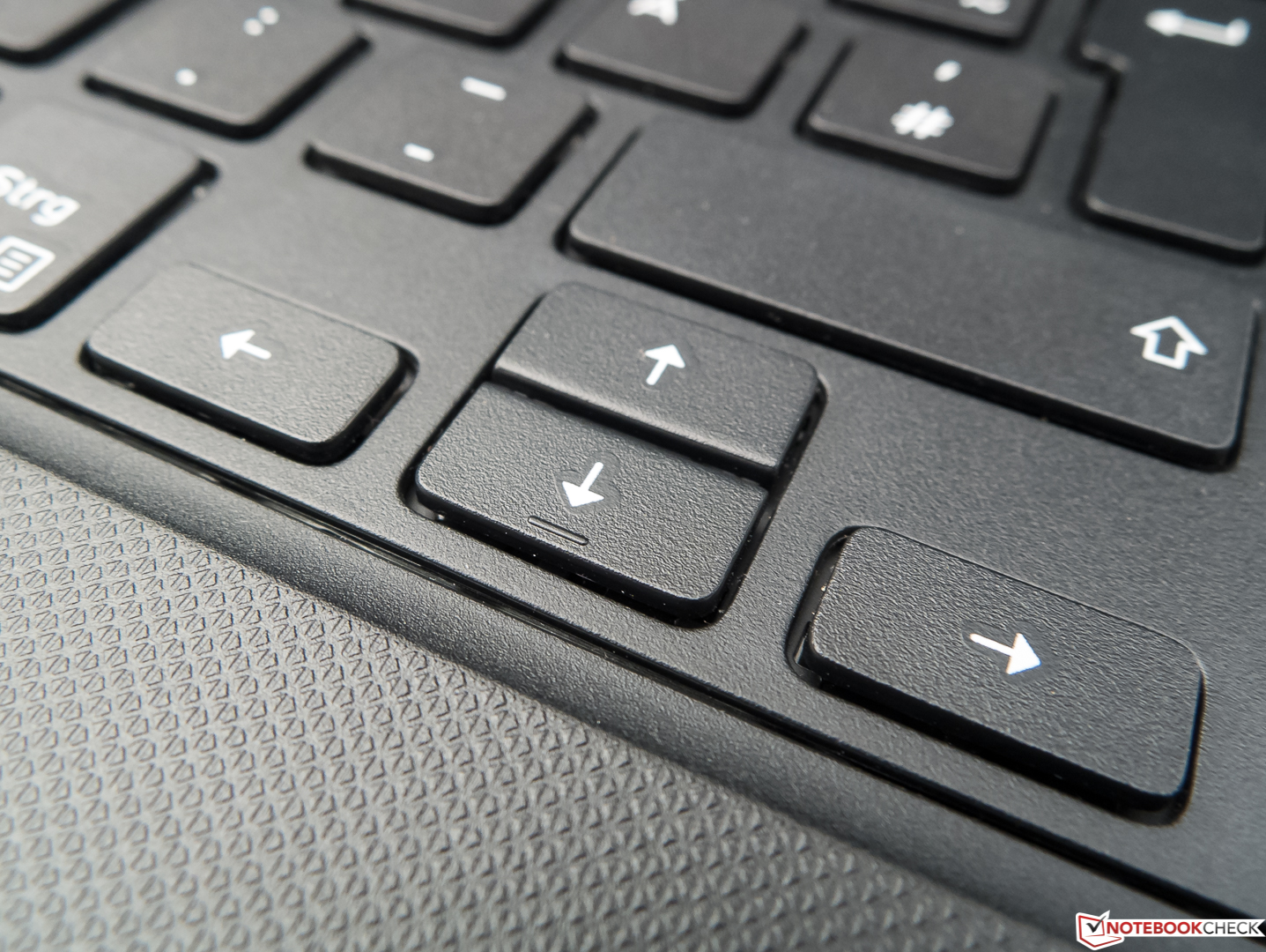 Dell Vostro 15 3568 (7200U, 256GB) Laptop Review - NotebookCheck net