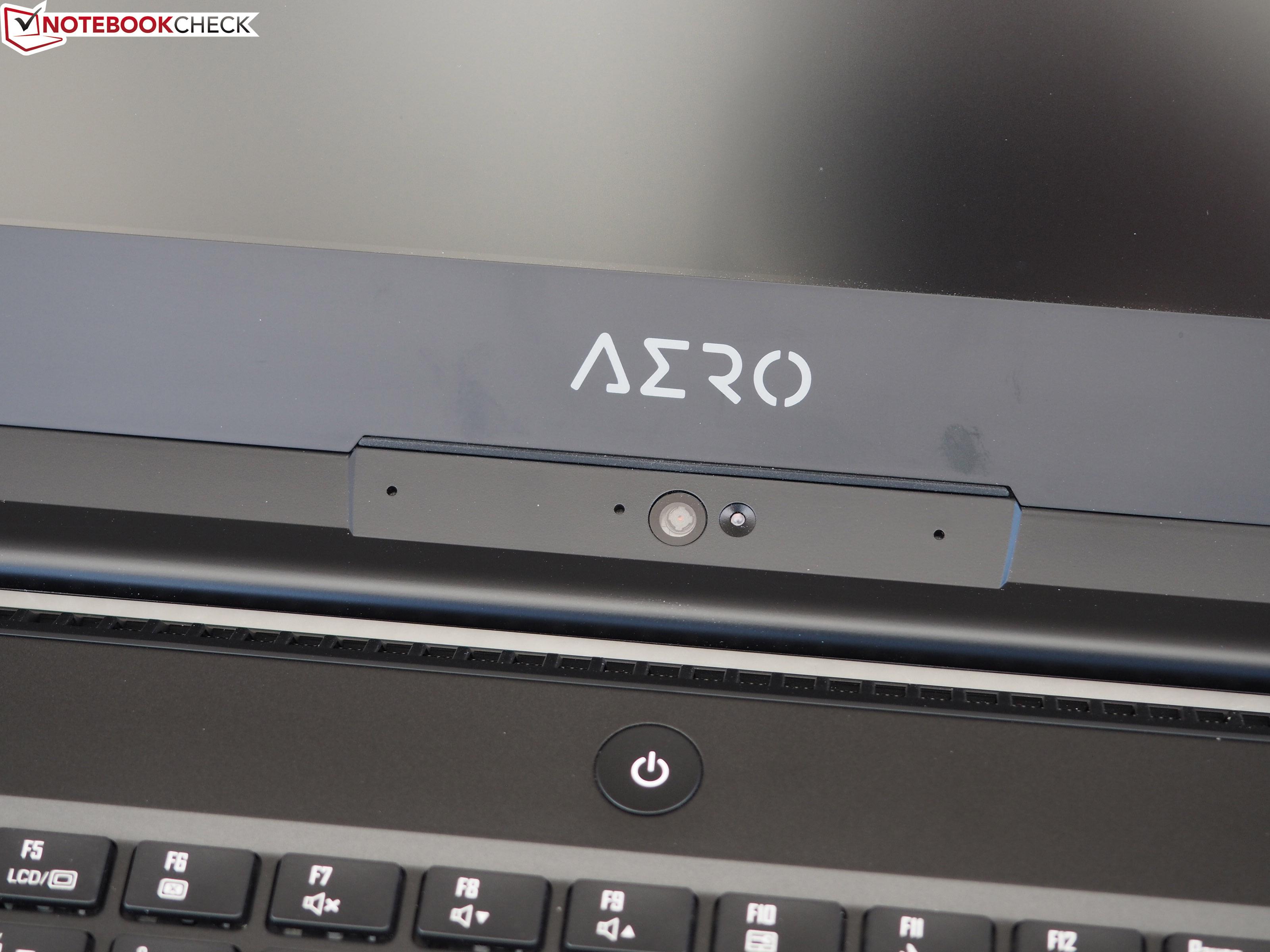 Gigabyte Aero 15X v8 (i7-8750H, GTX 1070 Max-Q, Full-HD) Laptop
