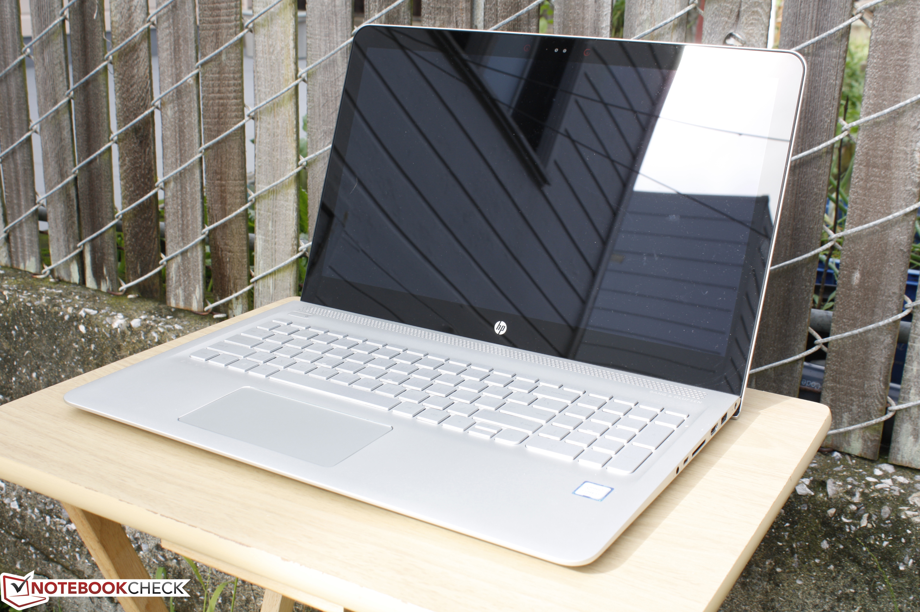HP Envy 15 as133cl Notebook Review - NotebookCheck net Reviews