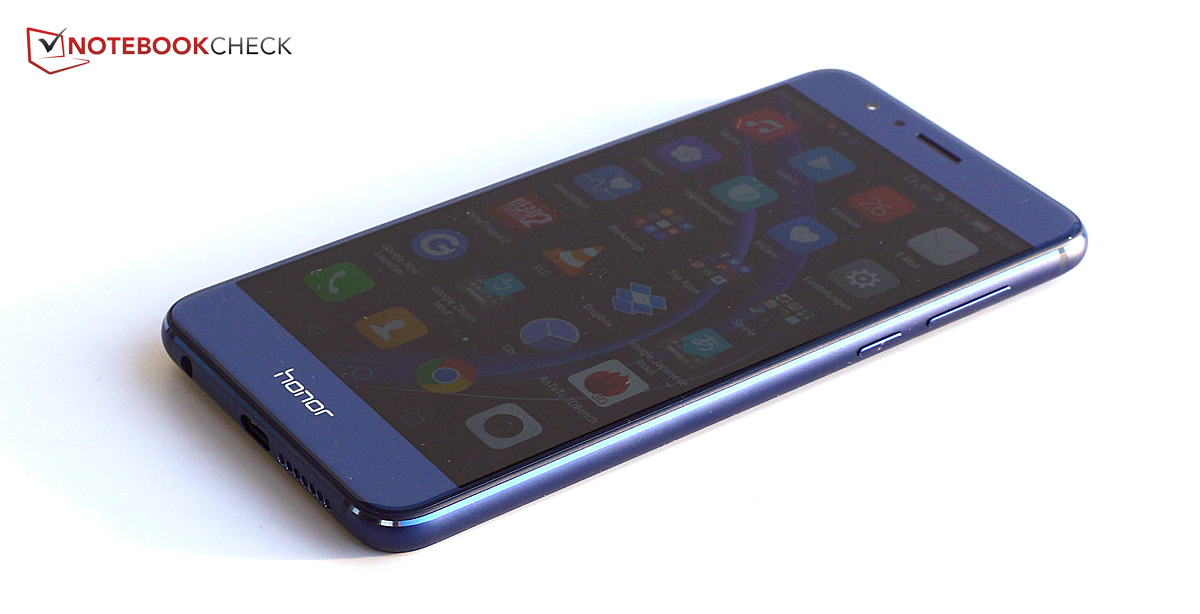 Honor 8 Smartphone Review - NotebookCheck net Reviews