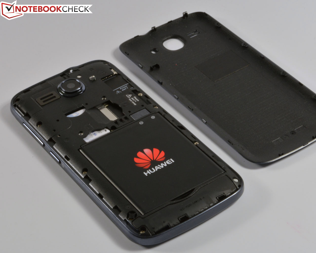 Huawei Y540 Smartphone Review Reviews Ascend Y520 4gb Warping Attempts Barely Had An Effect But They Produced A Cracking Noise In The Area Of Battery Cover Gaps Are Throughout Smooth And Even