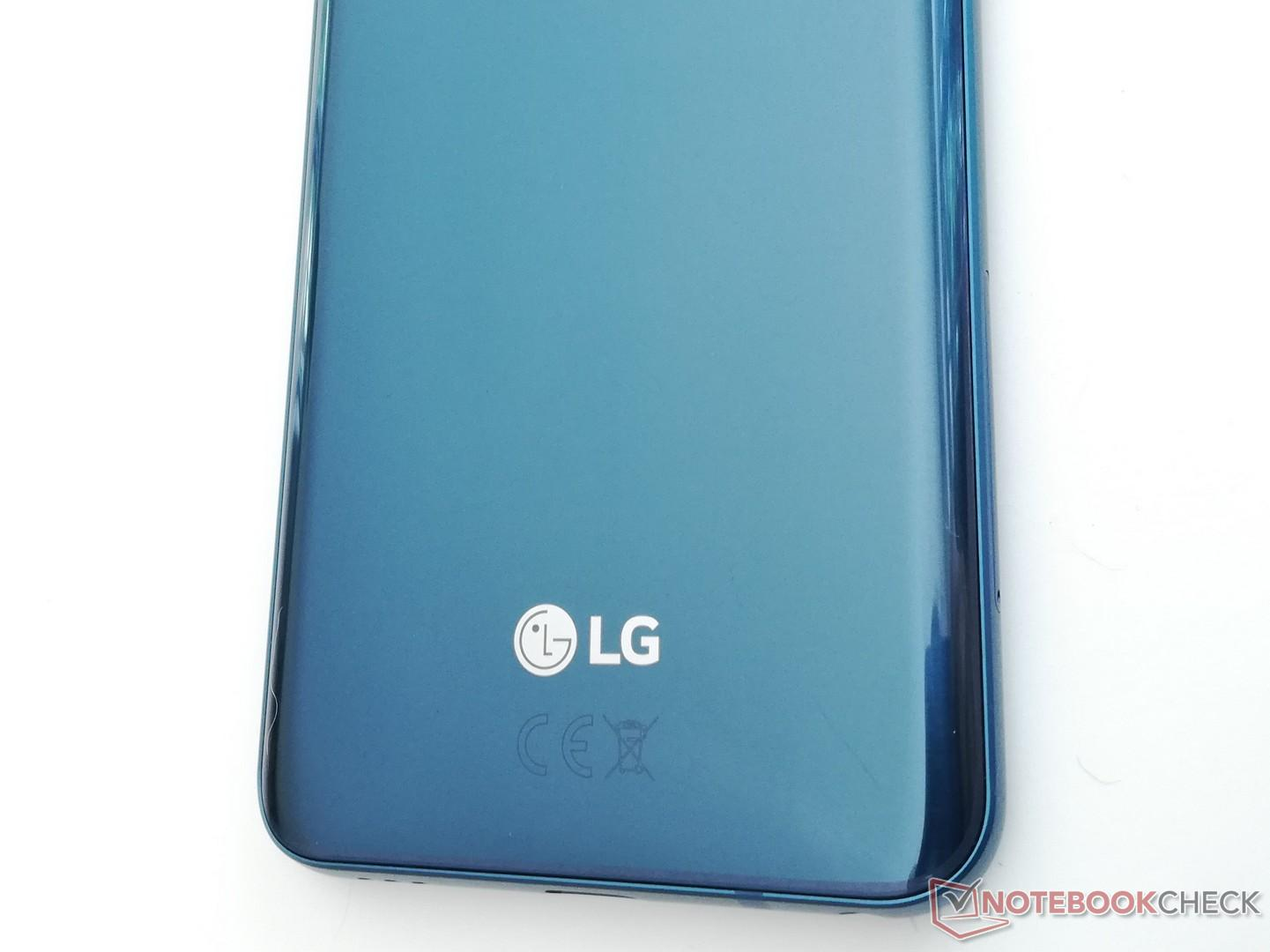 LG Q7 Plus Smartphone Review - NotebookCheck net Reviews