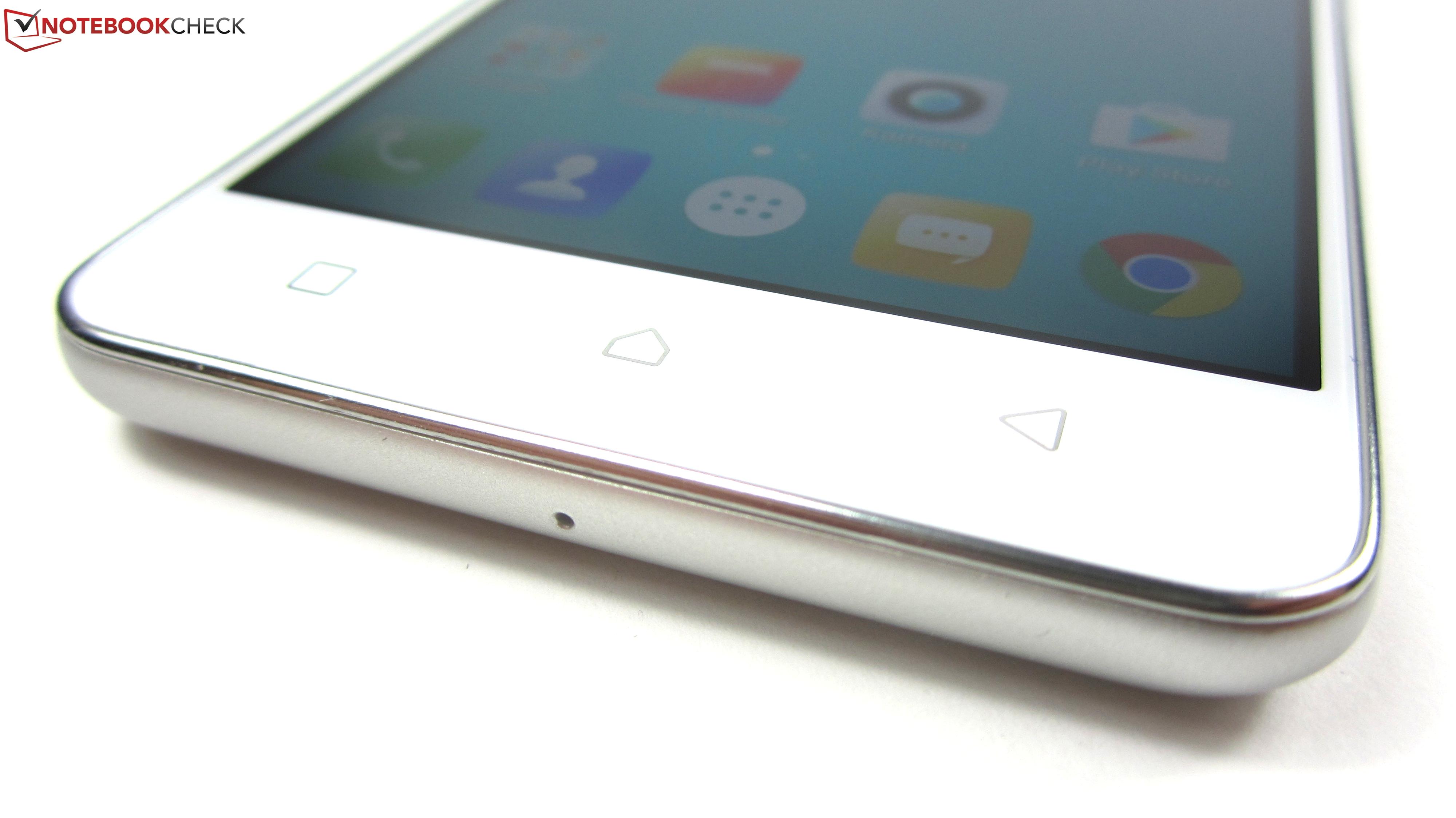Lenovo K6 Smartphone Review - NotebookCheck net Reviews