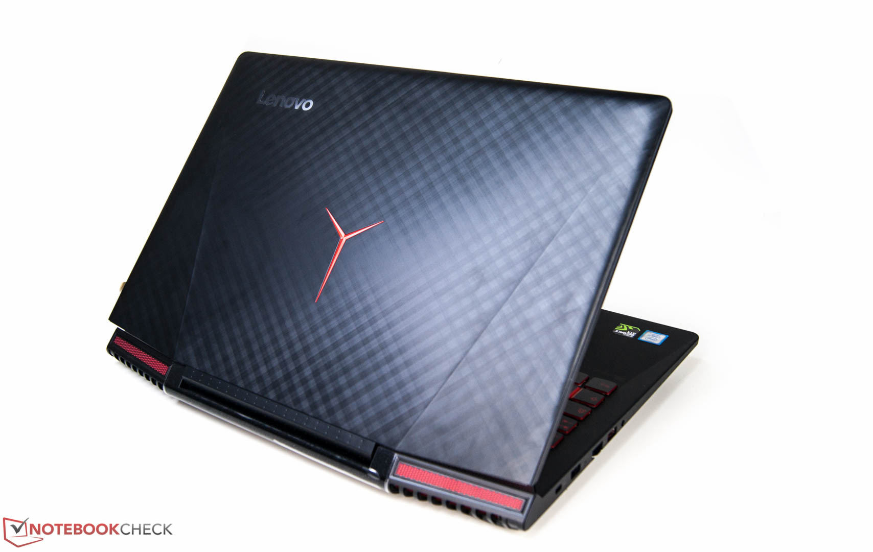 Lenovo Legion Y720 (7700HQ, Full-HD, GTX 1060) Laptop Review