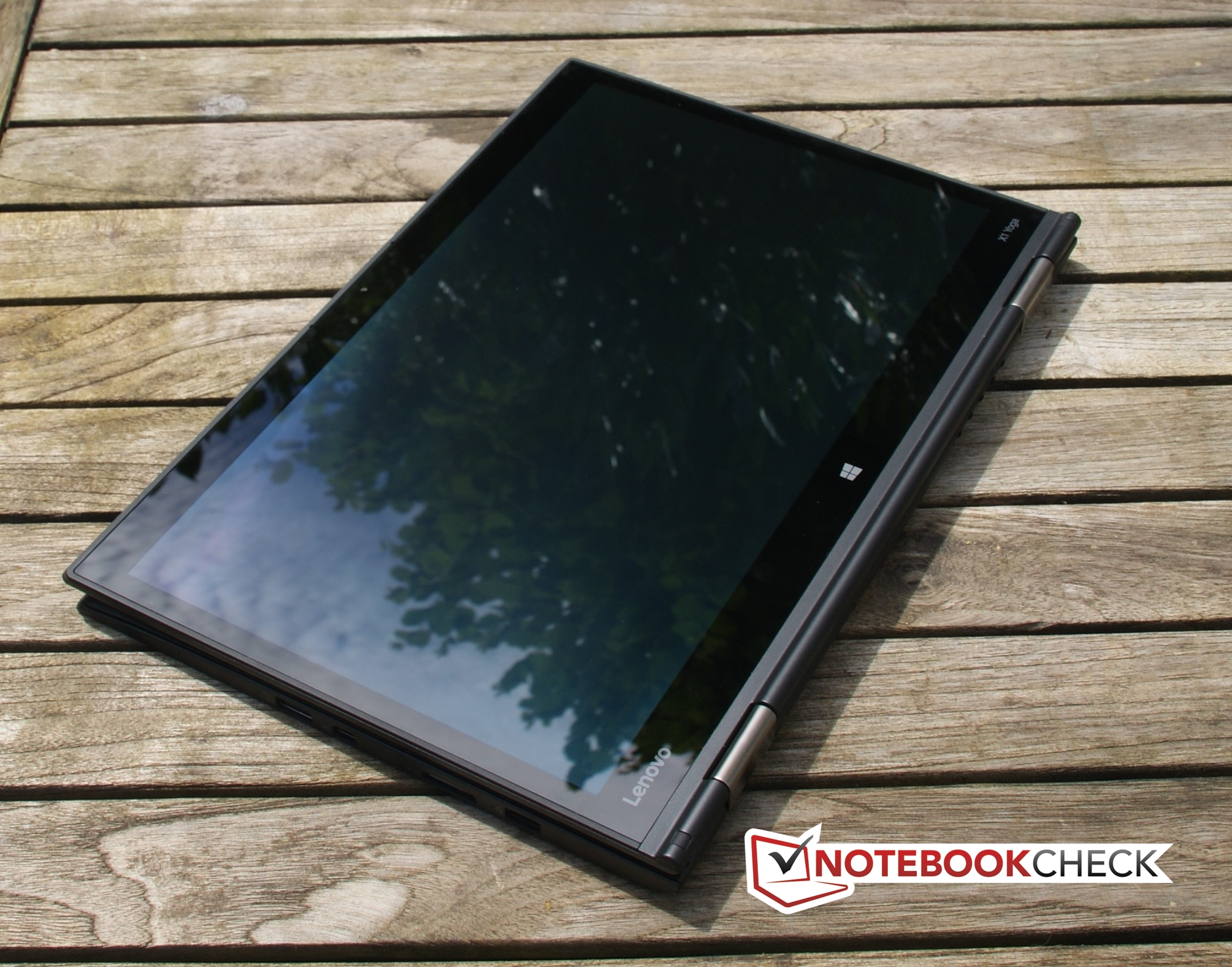 Lenovo ThinkPad X1 Yoga (OLED) Convertible Review