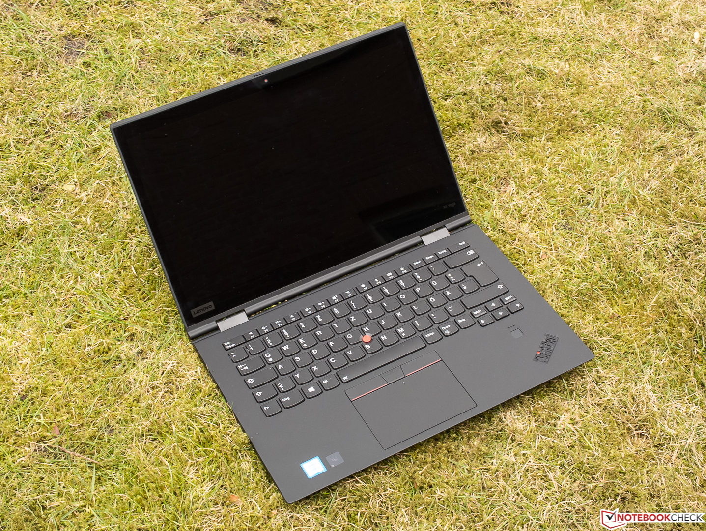 Lenovo ThinkPad X1 Yoga 2018 (i7-8550U, HDR WQHD) Convertible Review - NotebookCheck ...