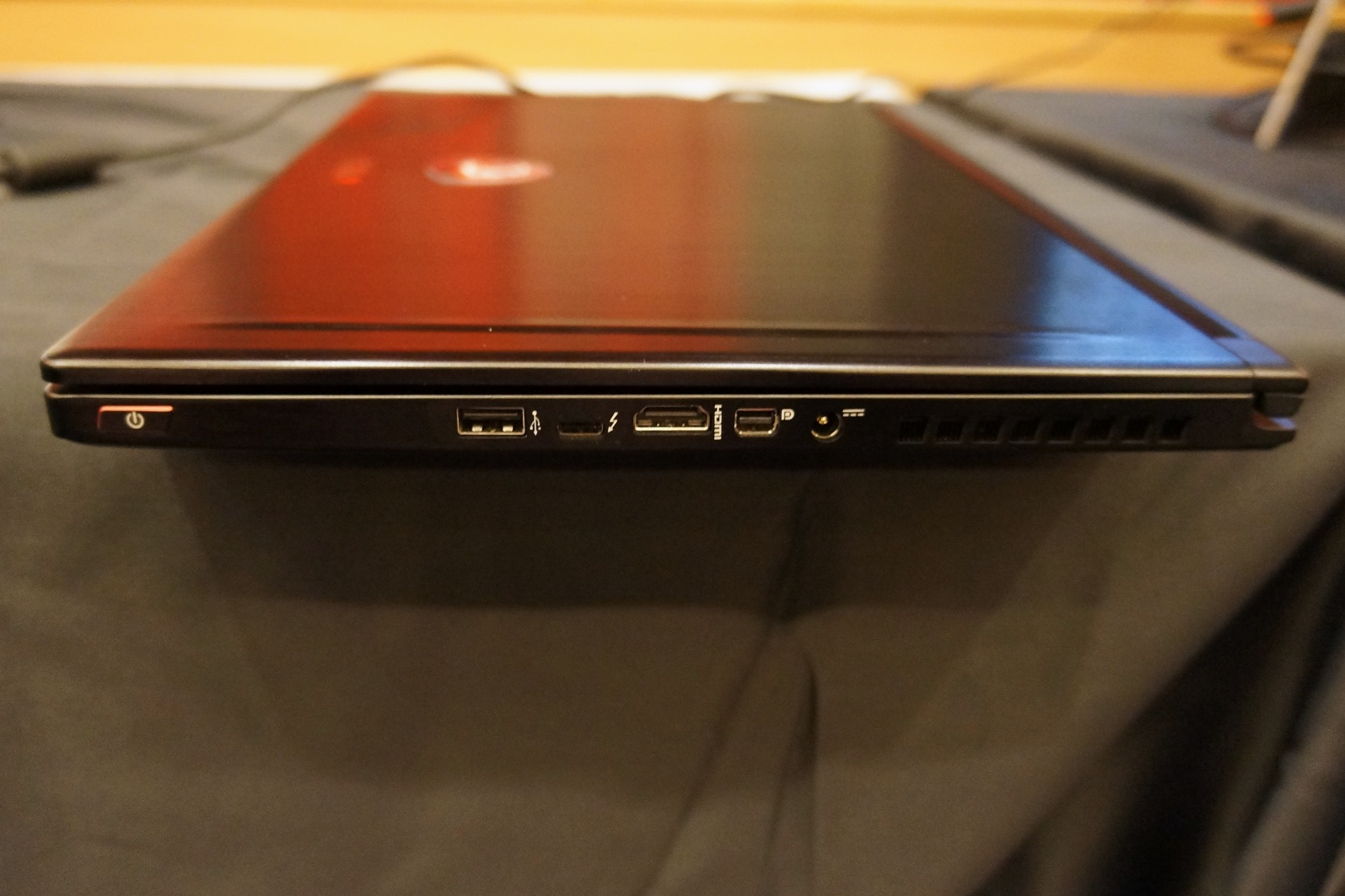 Msi Shows Off Gs63 Stealth Gaming Notebook With