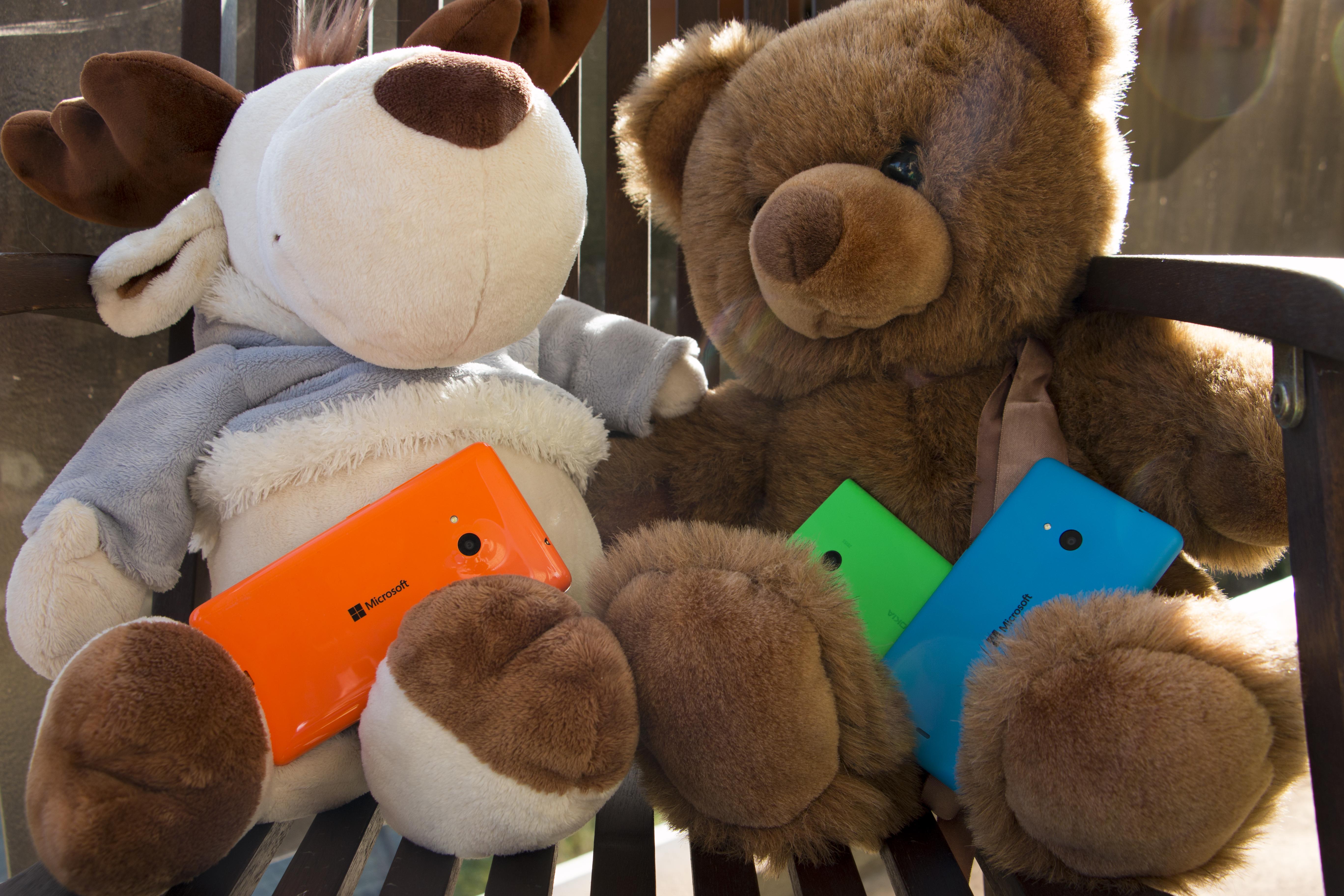 Microsoft Lumia 435 Smartphone Review Reviews Canon Eos Couple Teddies Bear 70d
