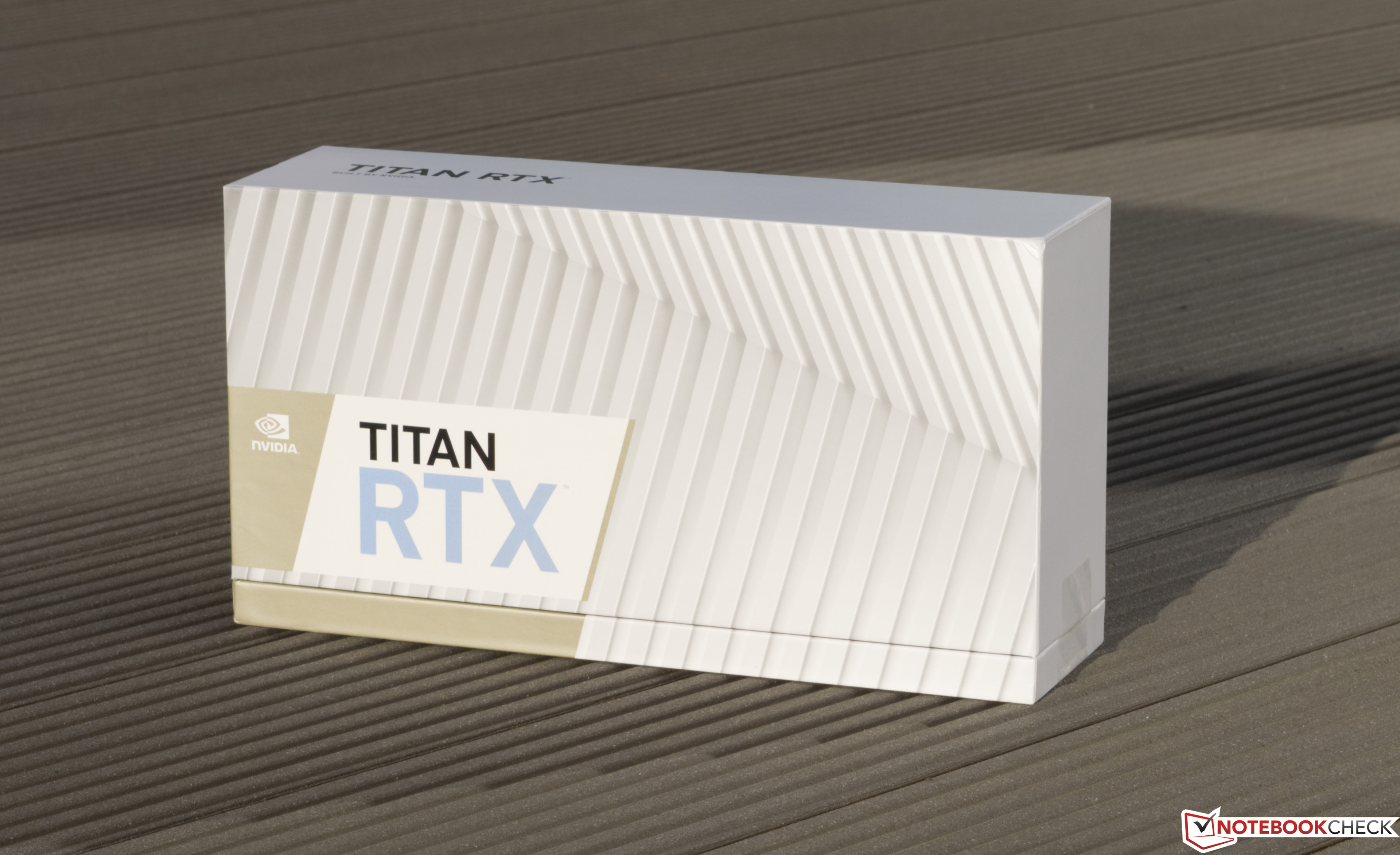 NVIDIA TITAN RTX Desktop GPU Review - NotebookCheck net Reviews
