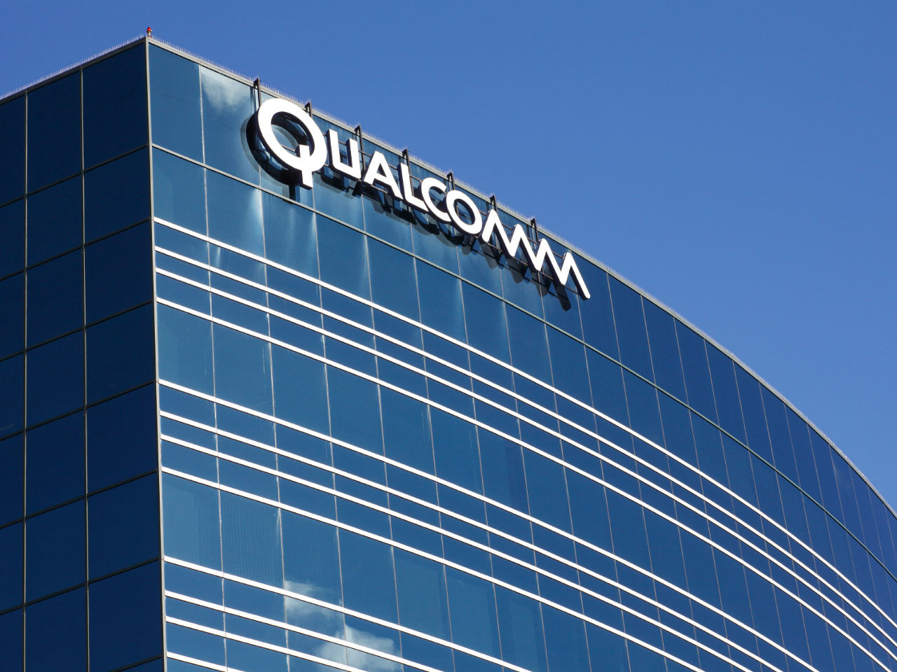QUALCOMM (QCOM) Receives
