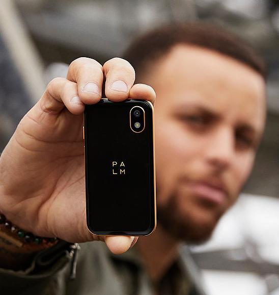Verizon Launches The Palm Mini Smartphone Device