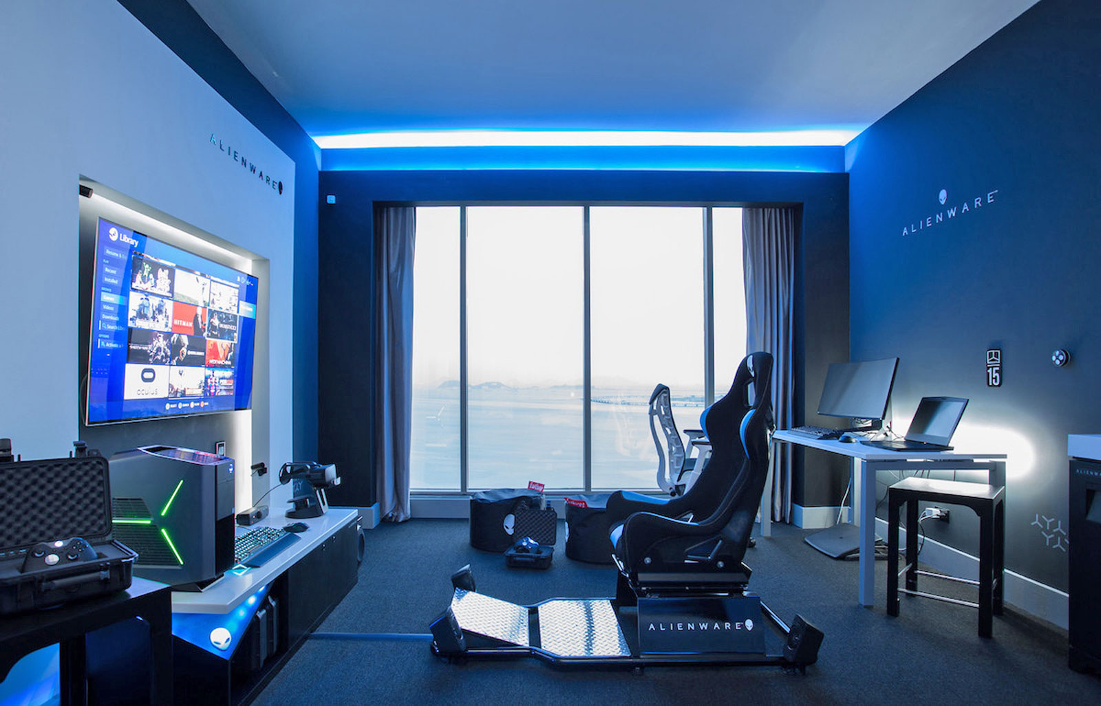 Outstanding Alienware Creates The Perfect Hotel Room For Gamers Ibusinesslaw Wood Chair Design Ideas Ibusinesslaworg