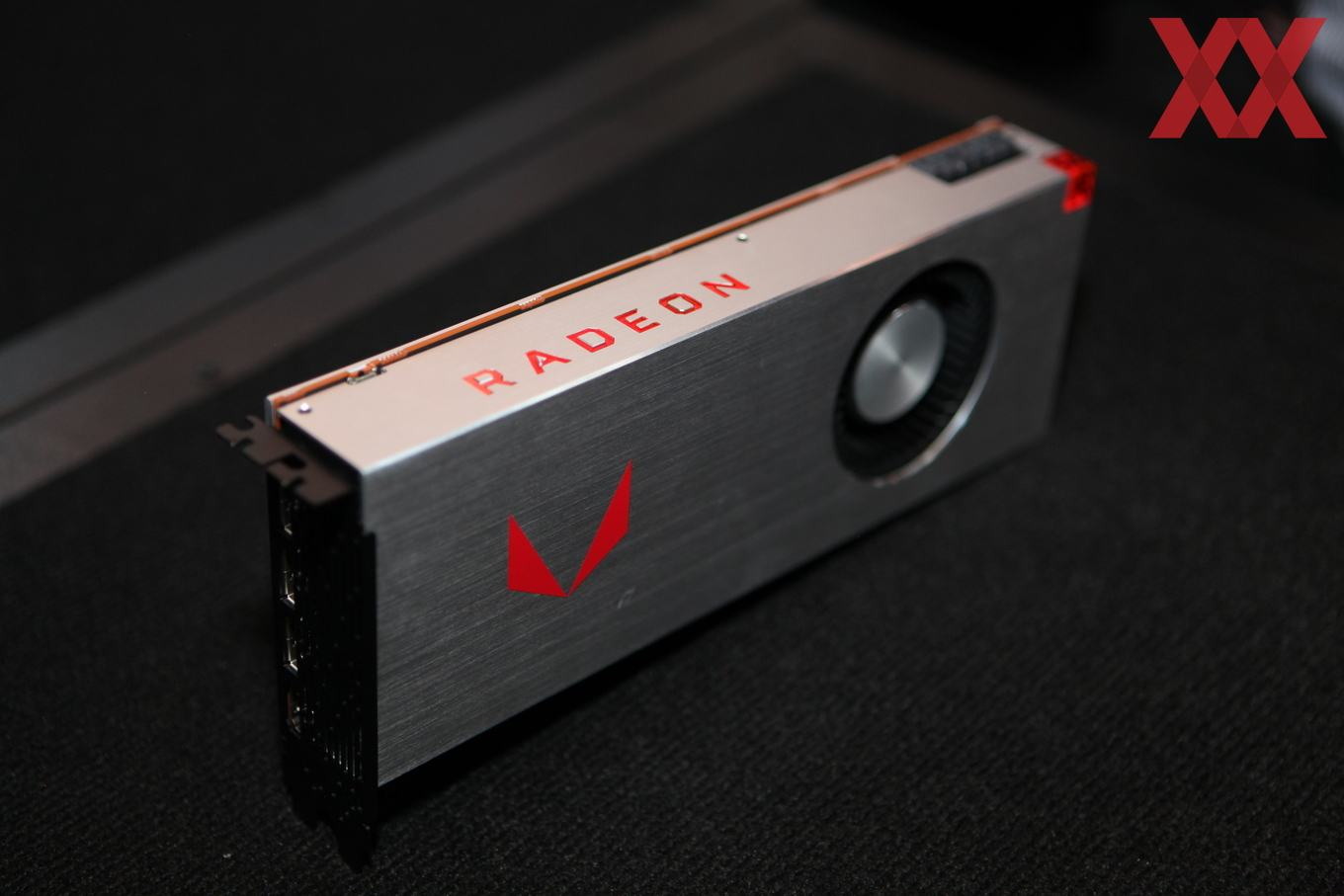 Amd Radeon Rx Vega 64 Gpus Spotted In Liquid And Air Cooled Versions Ahead Of Official Launch Notebookcheck Net News