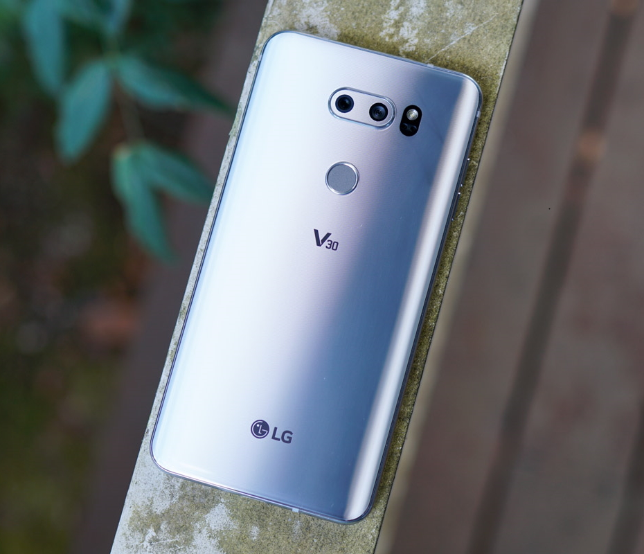 LG continues to leave the V30 out in the cold, but there is a