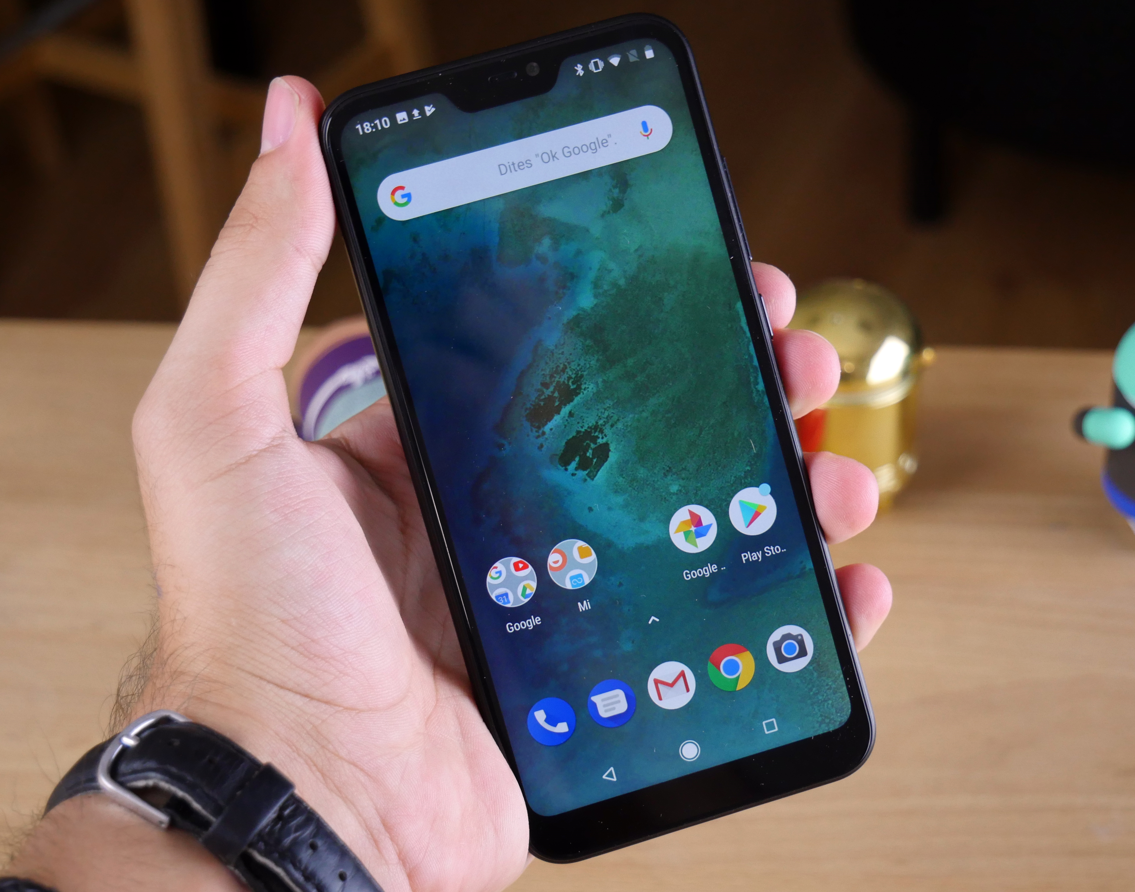 Xiaomi fuels speculation that it has binned the Mi A2 Lite after just one OS upgrade - Notebookcheck.net