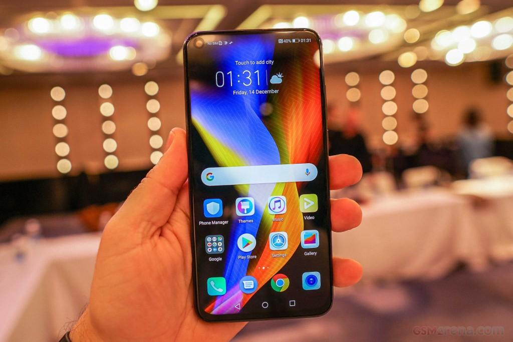 Huawei launches its new Kirin 980-powered Honor V20 flagship