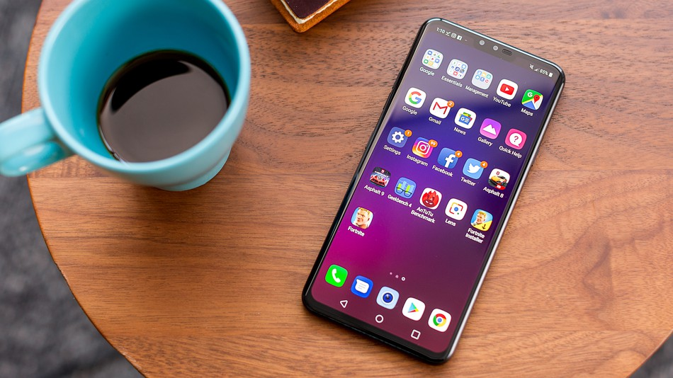 LG V40 ThinQ users finally have cause for joy as the Pie update