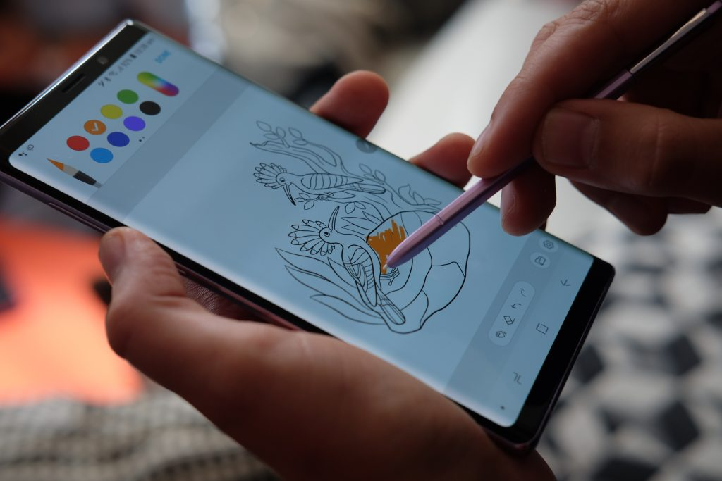 Galaxy Note9: the exploding phone, revolutionized