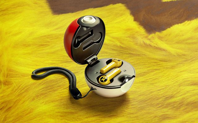 Razer Launches Pikachu True Wireless Earbuds With Poke Ball Case Notebookcheck Net News