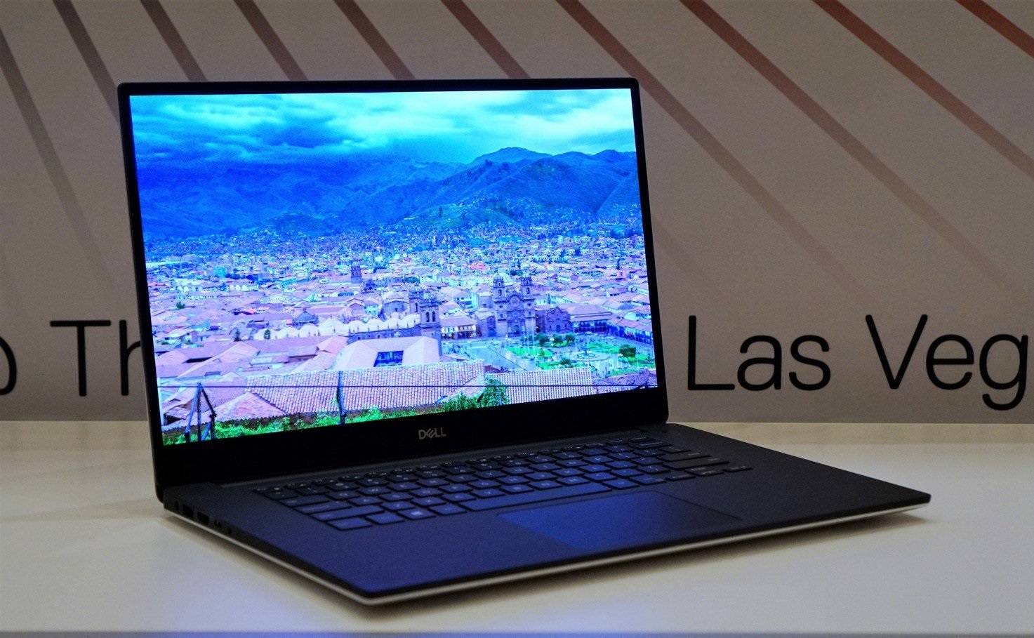 Dell to release a new XPS 15 model with a 4K OLED panel in March -  NotebookCheck.net News
