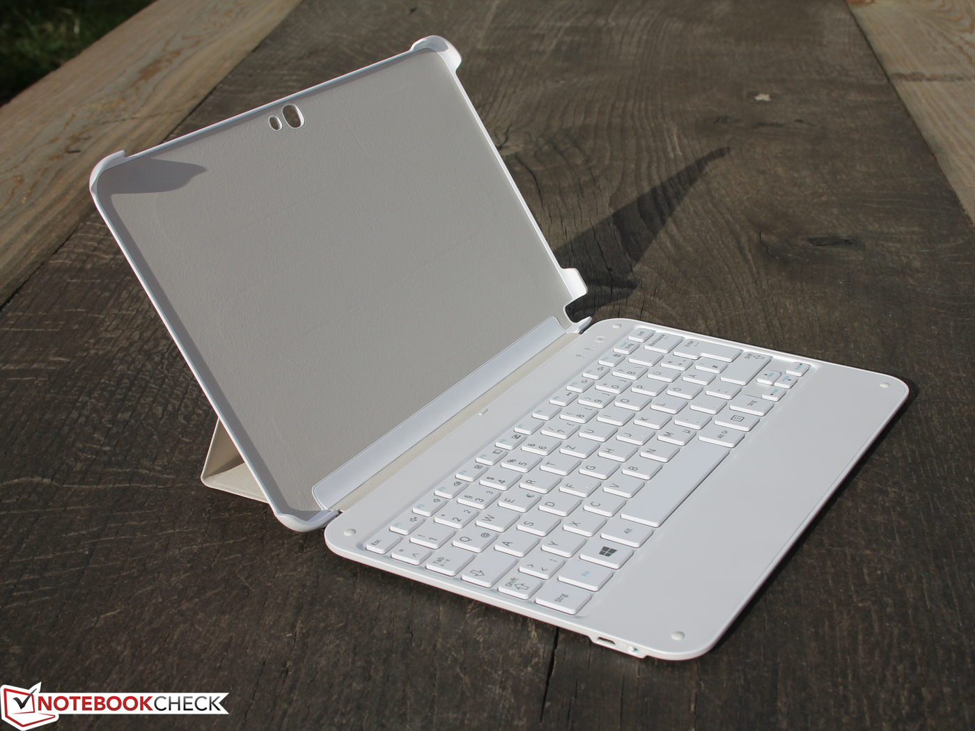 Review Samsung ATIV Tab  XETZC KDE Convertible