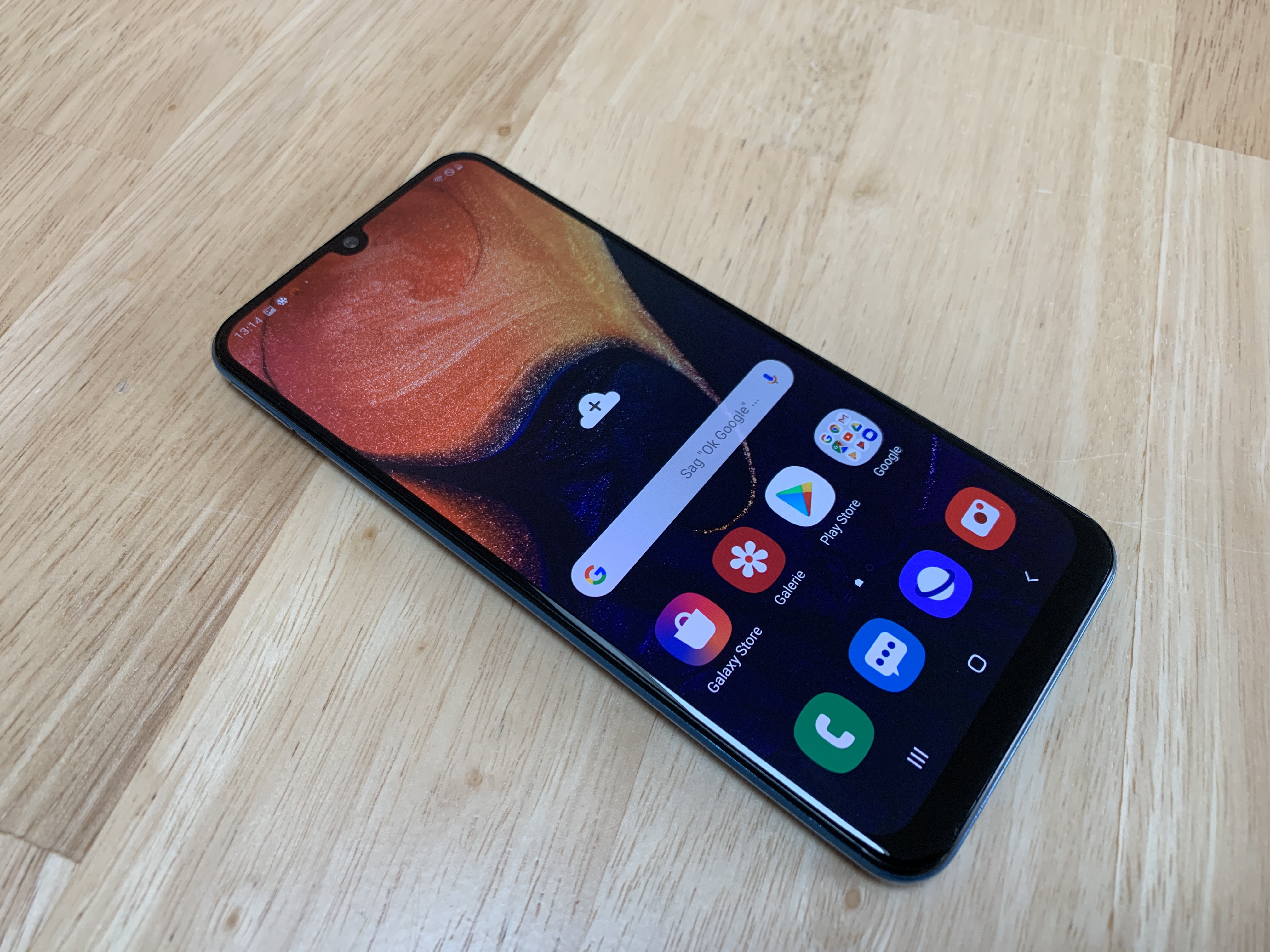 Samsung Galaxy A50 Smartphone Review - NotebookCheck net Reviews