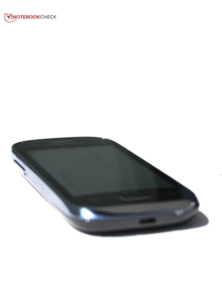 Review Samsung Galaxy Young Duos Gt S6312 Smartphone Notebookcheck S6310 New Elegant We Like The Design Of