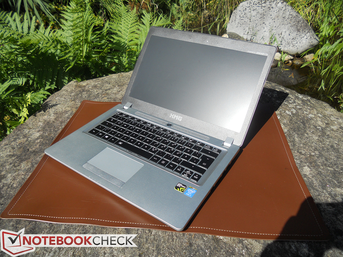 schenker c404 notebook review net reviews the notebook also looks good when it is opened from the right