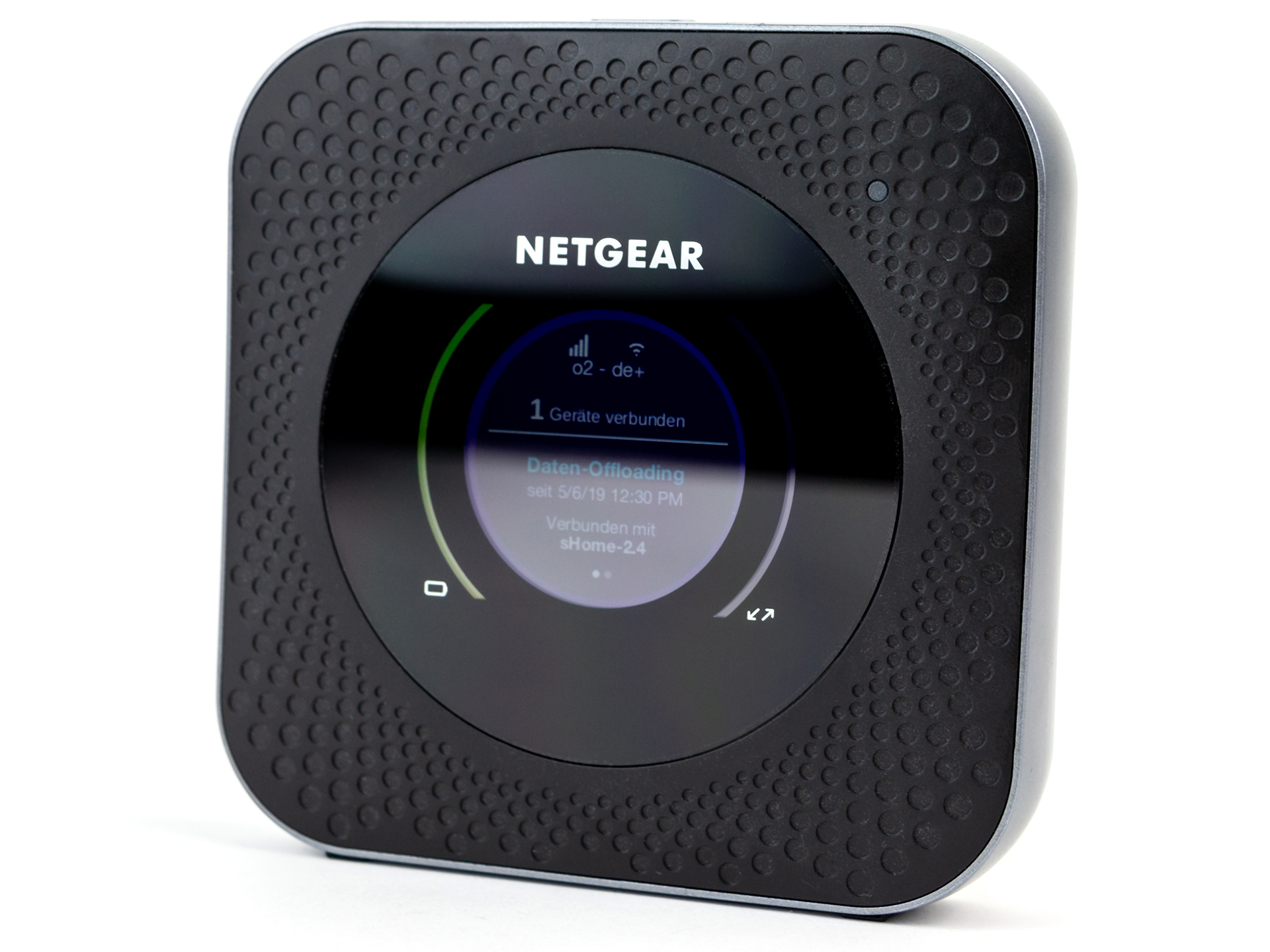 NETGEAR Nighthawk M1 Router Review - NotebookCheck net Reviews