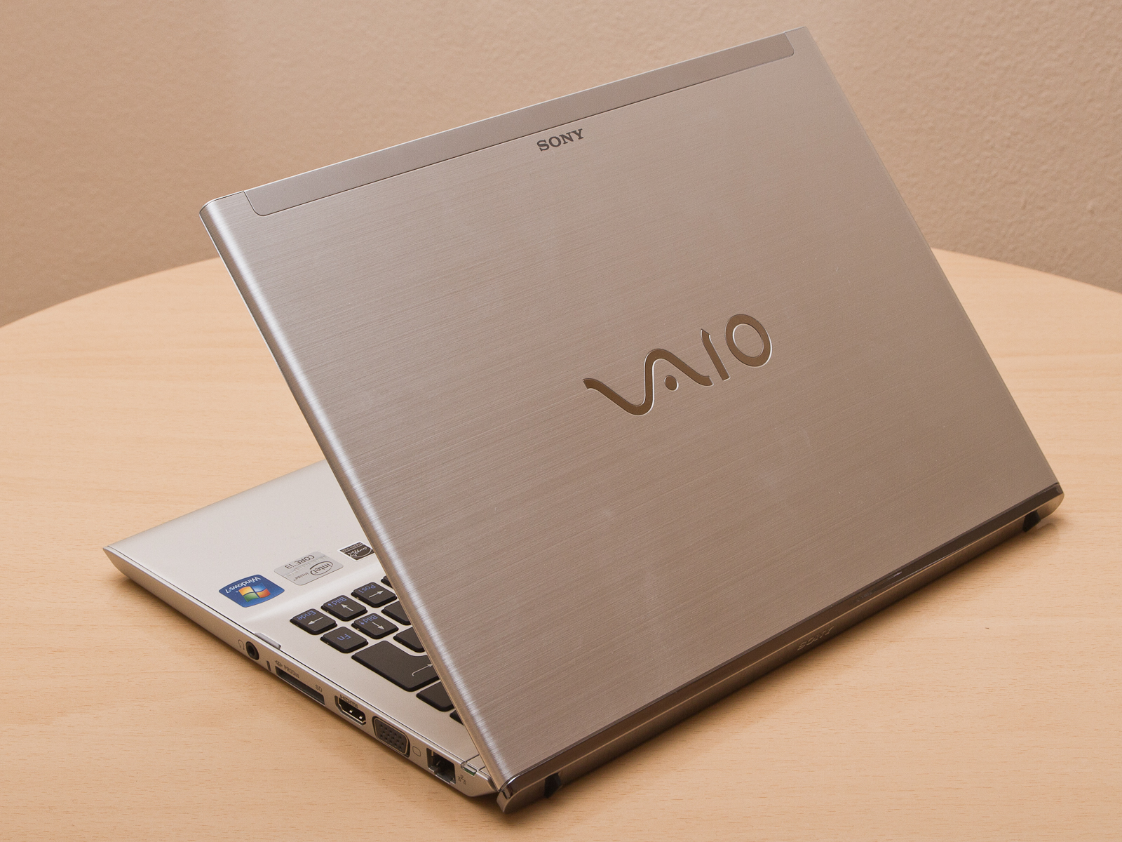 Sony vaio t13 ultrabook review the register - In Review Sony Vaio Svt1311m1es