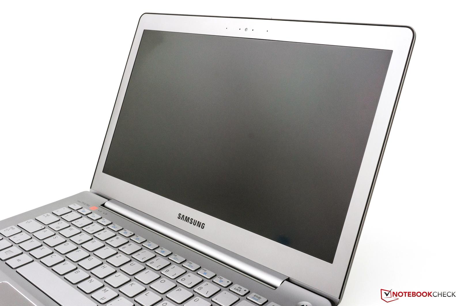 Notebook samsung kualitas - Matte Full Hd Ips Screen With 1920x1080 Pixels