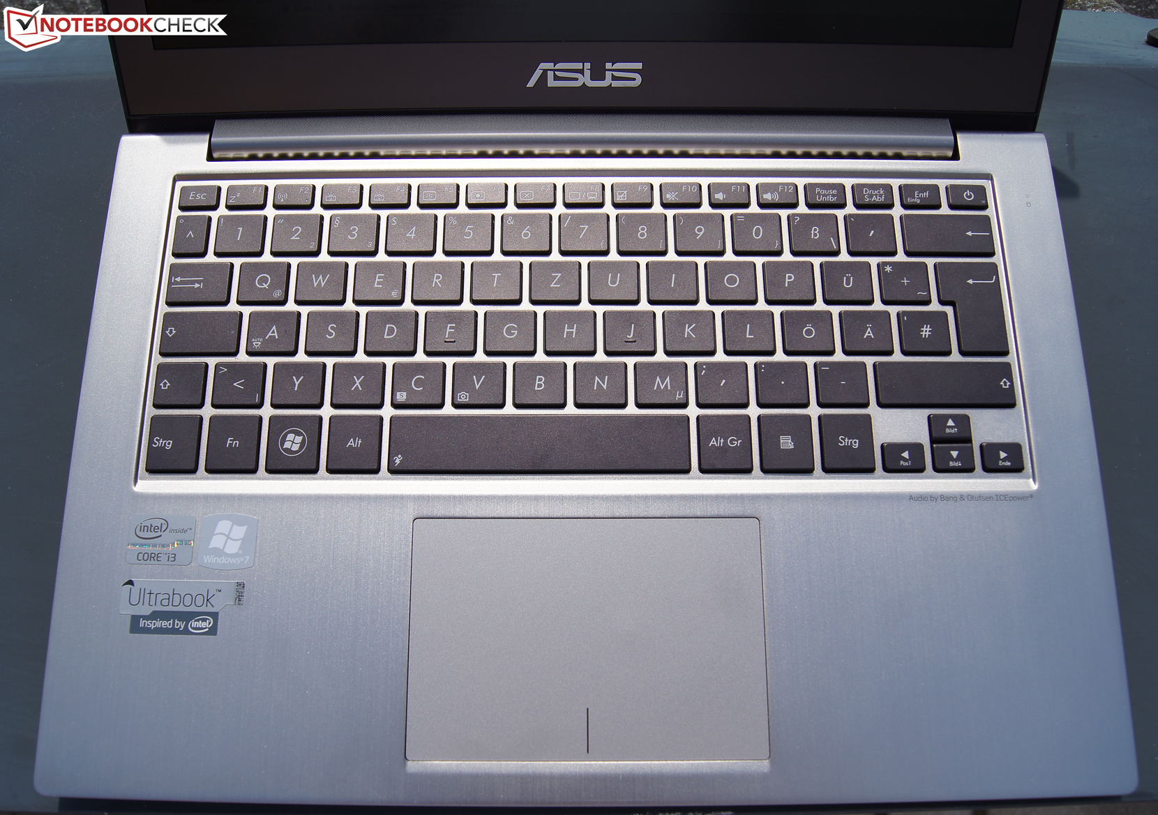 Review Asus Ux32a R3001v Ultrabook Notebookcheck Net Reviews