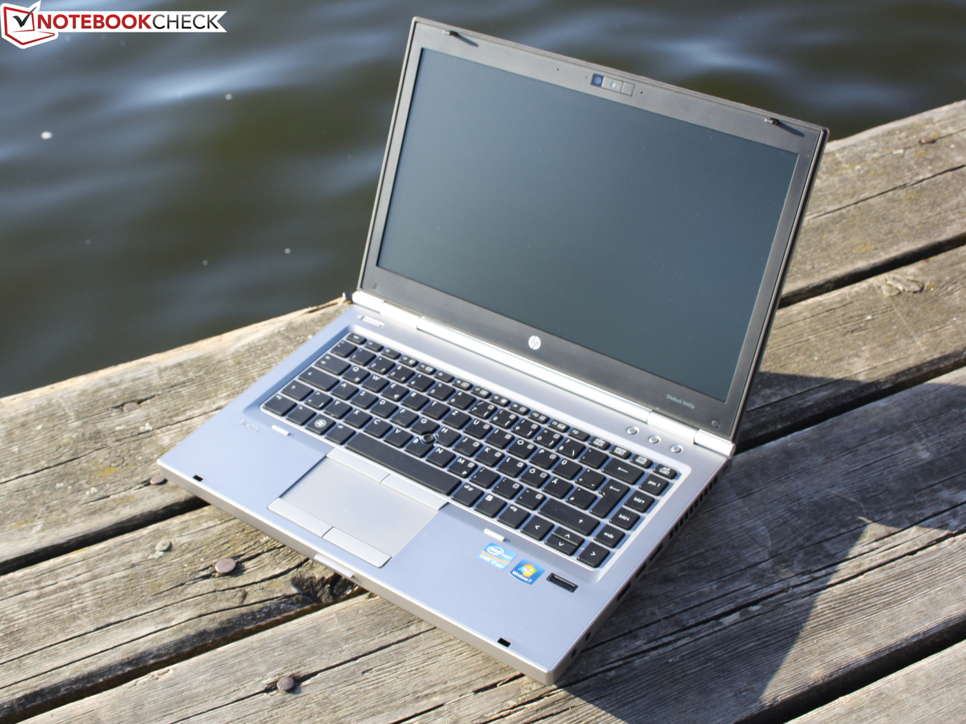 hp elitebook 8460p gia re da nang