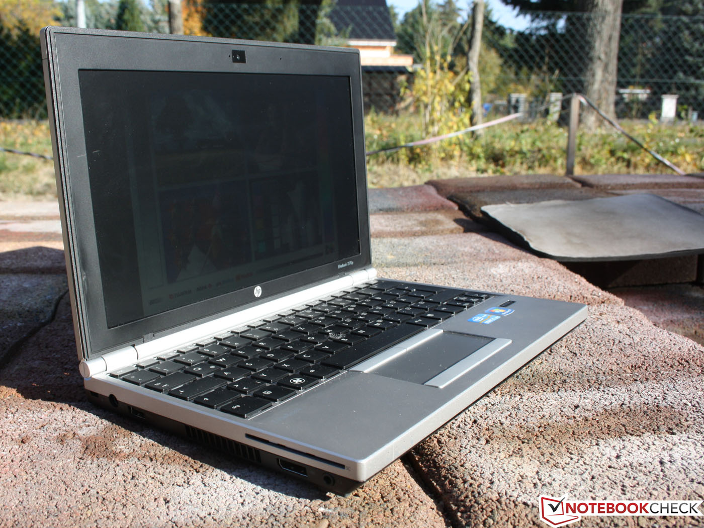 Laptop xach tay gia re HP Elitebook 2170p da nang