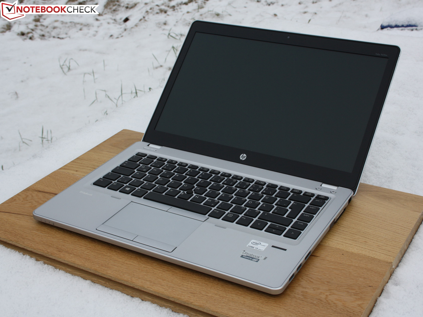 hp folio 9470m gia re