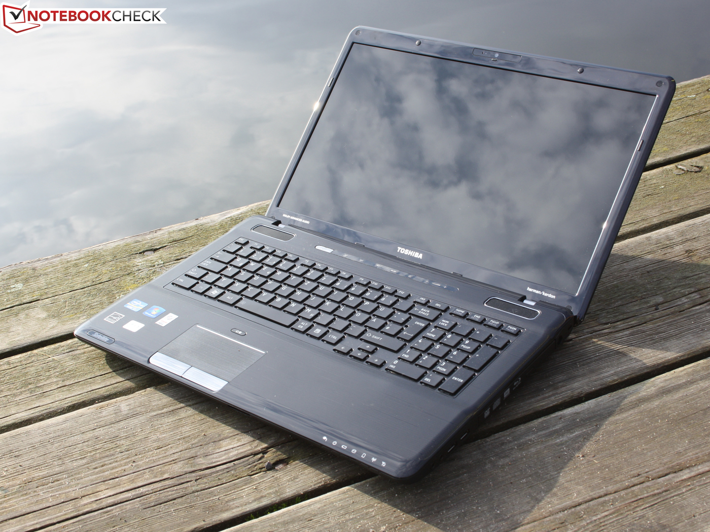 Review Toshiba Satellite P770 10p Notebook Notebookcheck