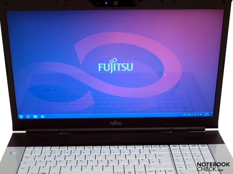 Fujitsu-Siemens AMILO Pi 3525 laptop specifications