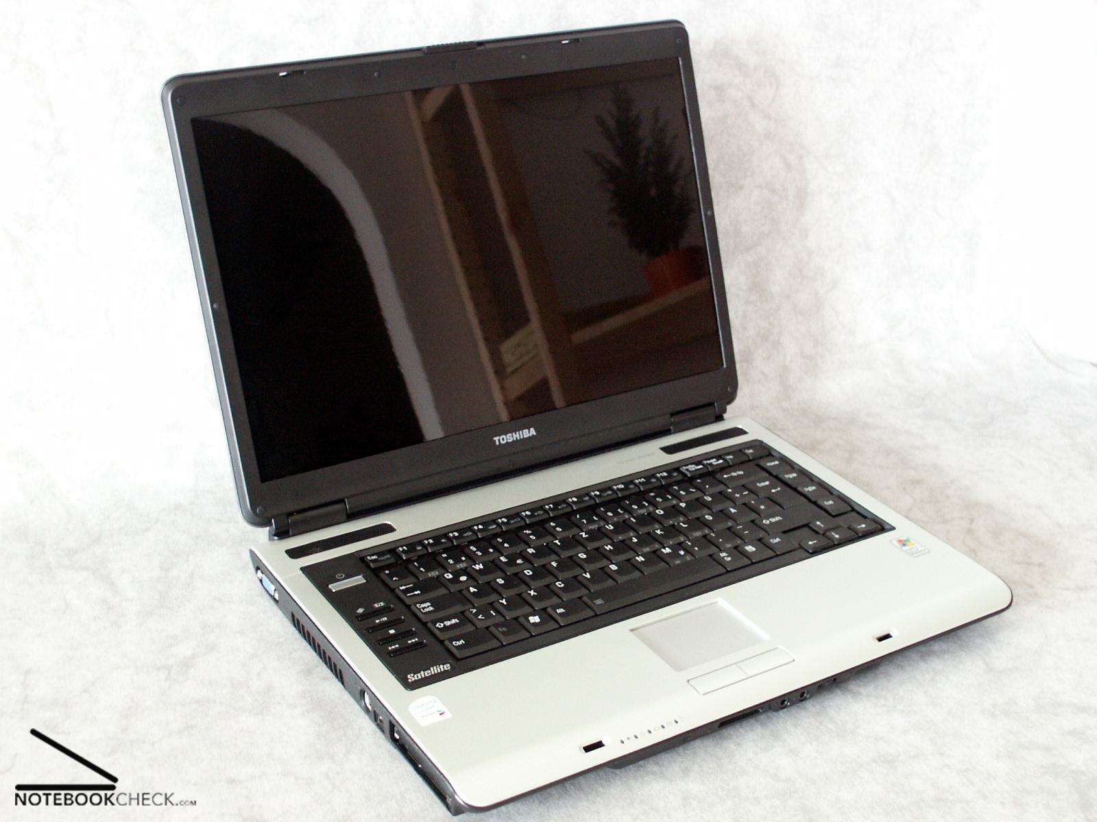 Review Toshiba Satellite A100 153 Notebookcheck Net Reviews