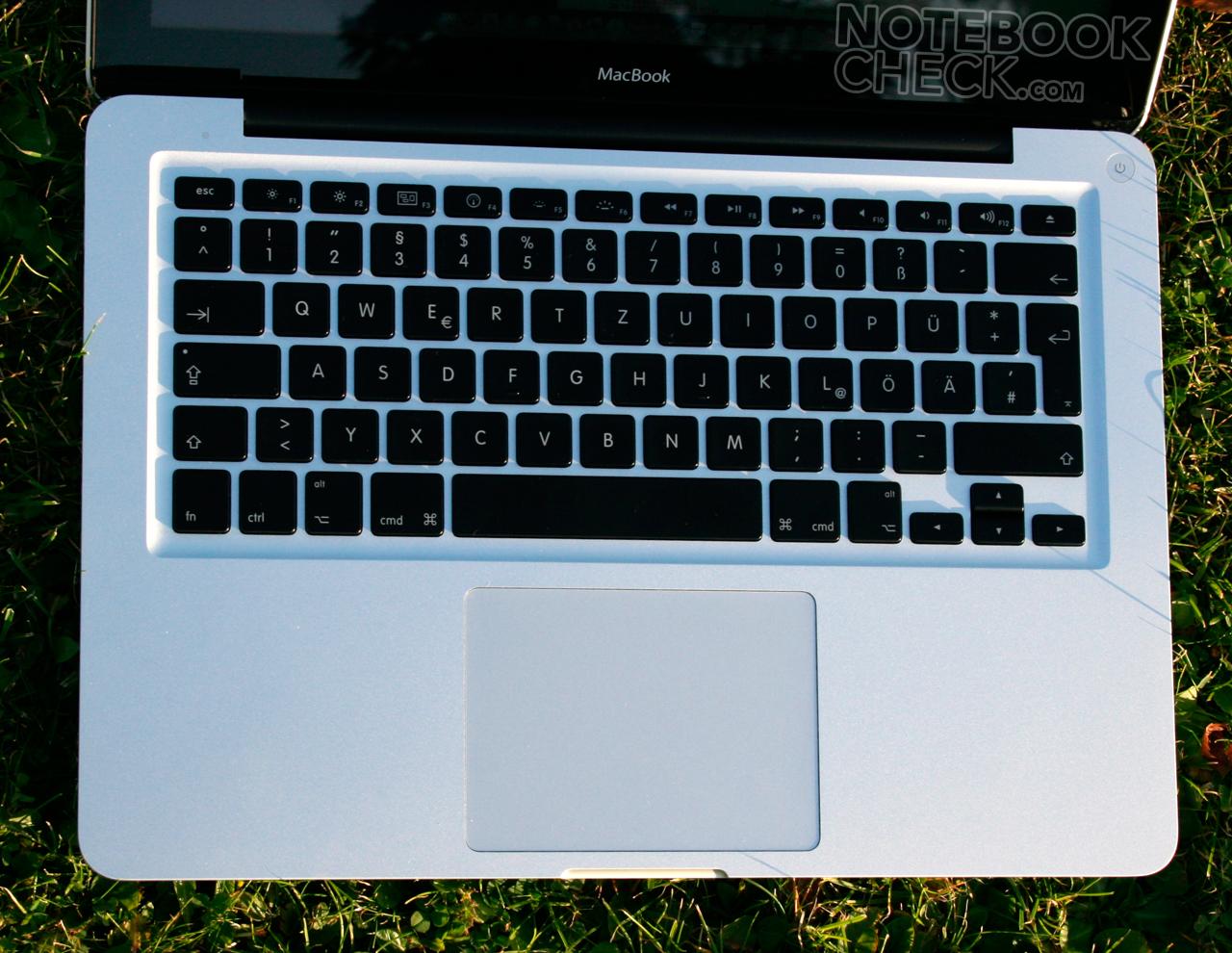"Review Apple MacBook Aluminum 2.0 GHz (Unibody, 13"", 9400M, P7350) -  NotebookCheck.net Reviews"