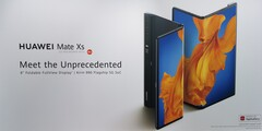 The Huawei Mate Xs has an 8-inch display when unfolded. (Image source: Notebookcheck)
