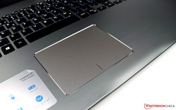 Touchpad of the Dell Inspiron 17 7773